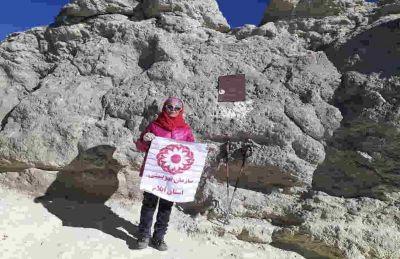 بانوی کوهنورد ایلامی دوازدهمین صعودش به دماوند را ثبت کرد