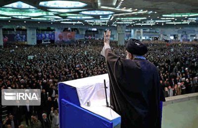 ملت ایران باید قوی باشد
