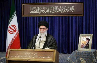 رهبر انقلاب: امام خمینی(ره) یک انسان تحولخواه و تحولآفرین بود
