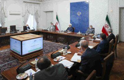 طی دستوری به وزیر امور اقتصادی و دارایی مطرح شد؛ روحانی: ورود شرکتهای فعال در حوزه اقتصاد دیجیتال به بورس تسهیل شود