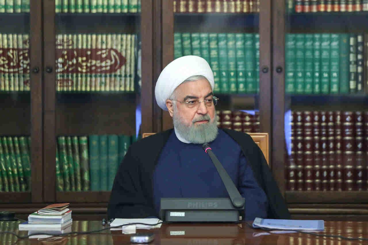 در جلسه ستاد اقتصادی دولت با حضور رییس جمهوری تاکید شد؛ روحانی بر حق انتخاب مردم در استفاده از نحوه مدیریت سهام عدالت تاکید کرد