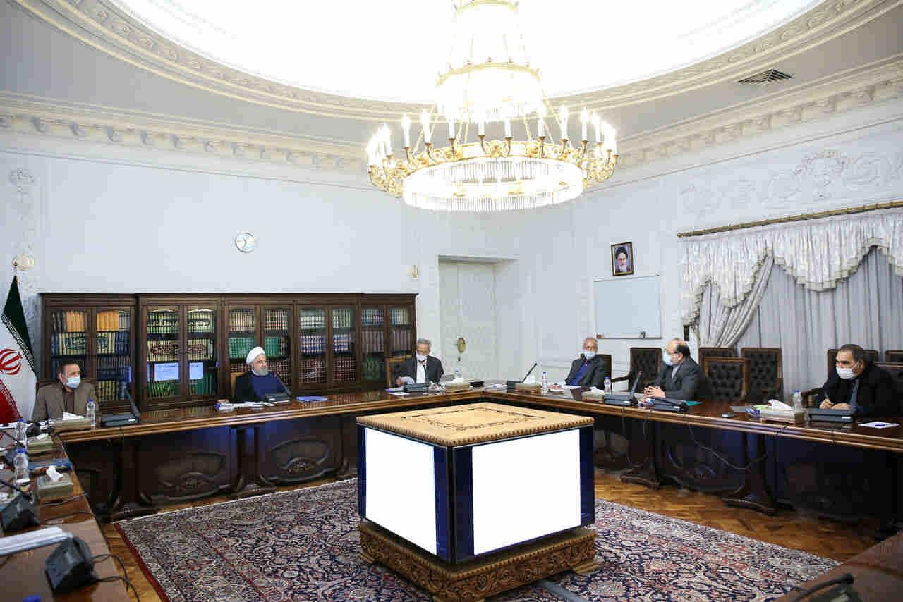 در جلسه ستاد هماهنگی اقتصادی دولت؛ روحانی: شرکتهای سرمایهگذاری استانی به طور منظم به دارندگان سهام گزارش دهند