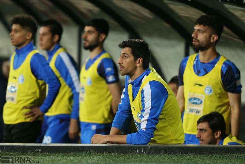 عنایتی: بازیکنان استقلال تنها به کسب امتیاز در لیگ فکر کنند