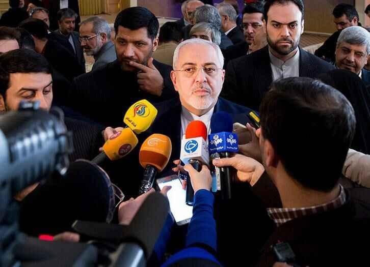 ظریف در جمع خبرنگاران: مشاور رییس جمهور فرانسه پیشنهادی برای جلوگیری از افزایش تنش ارائه کرد