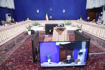 رییس جمهوری در دیدار جمعی از فعالان سیاسی: چارچوب تعیین شده از سوی رهبر انقلاب را در مذاکرات رعایت کردهایم
