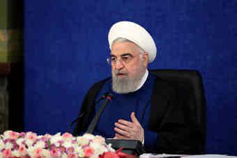 روحانی: ایجاد رونق اقتصادی، امنیت شغلی کارگران را تضمین میکند